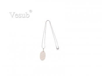 Oval Shell Necklace (25*38mm)