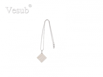 Square Shell Necklace (30*30mm)